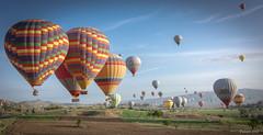 BALLOONS GOREME CAPADOCCIA (_Pablete_) Tags: blue goreme turkey sky balloons nikonflickrawardgold