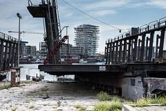 Slipway (Ringo_C) Tags: abandone boat boot building oostende ostende schip apartment d750 nikon ringocoene