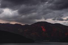 IMG_1189 (lucas.demierre) Tags: suisse nidwald switzerland swiss montagne mounain sky ciel cloud nuages darkness lac lake sunset