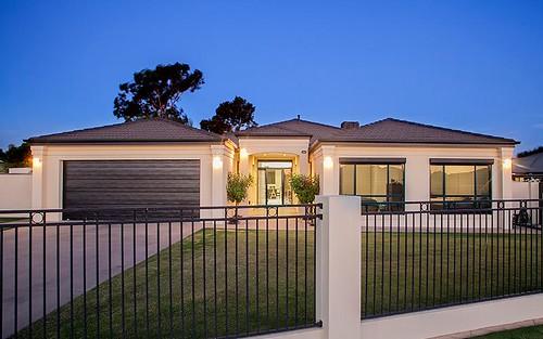 70 Hermitage Drive, Corowa NSW