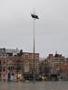 Ladeuzeplein, Leuven (Stewie1980) Tags: leuven louvain löwen vlaanderen flandre flandern flanders belgië belgique belgien belgium monseigneur ladeuzeplein plein totem jan fabre kunstwerk square art