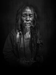 Bangkok (pouyan_safavi) Tags: blackandwhite blackwhite black bangkok monochrome peoples people portrait