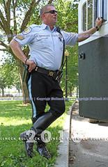 USPP, June '18 -- 377 (Bullneck) Tags: summer federalcity washingtondc americana cops police uniform heroes macho toughguy biglug bullgoons mountedcops mountedpolice uspp usparkpolice boots breeches gun winnerofthebullneckblueribbonforkickasscops