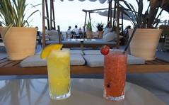 Terramar Terrace: Cocktail and nice views. (heraldeixample) Tags: heraldeixample sitges terramar bcn barcelona spain espanya españa spanien catalunya catalonia cataluña catalogne catalogna còctel cocktail combinat combinado ngc