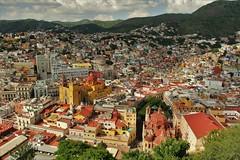 Guanajuato vista panorámica desde el Monumento a El Pípila. (roblestjorge) Tags: guanajuato elpipila vistapanorámica ciudadcolonial monumentoshistóricos torres cúpulas techos visita paseo