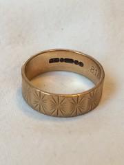 "Macro Mondays - ""Trinkets"" (hp349) Tags: 7dwf ""macromondays"" heirloom jewellery ring trinket trinkets mm hmm mondays monday macro"