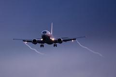 Landing Vortex (Aéro'Passion) Tags: tourbillon marginal aéropassion airport aircraft airlines aéroport atterrissage aviation avions approche approach 737 boeing lille landing lfqq lesquin lil lillelesquin jet2 jet2com vortex wingtip b737 msn23662 gcely named glasgow 737377qc quickchange b737377qc