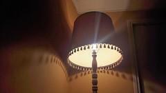Les jeux d'ombres du lampadaire (Sokleine) Tags: 1mois 1thème jeudombre ombres shadows light lumière abatjour lampadaire lamp interior indoor clairobscur