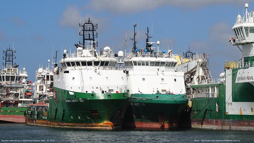 bourbon units laid up at curacao@piet sinke 07-2018 (1)