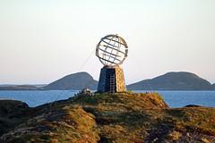 Arctic Circle (Malcolm Bott) Tags: norway scandinavia europe arctic rødøy nordland