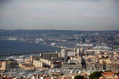 1N6A2338. Marseille ( UNIXetvous ) Tags: marseille provence sud south groupenuagesetciel