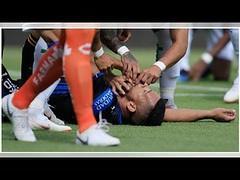 Miguel Samudio sufre fuerte golpe y casi se ahoga durante el partido (HUNI GAMING) Tags: miguel samudio sufre fuerte golpe y casi se ahoga durante el partido