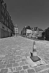 Work in Progress X (Tonton Gilles) Tags: plot alençon normandie hdr noir et blanc grande rue pavés travaux chantier paysage urbain