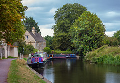 The Waterways of England (clive_metcalfe) Tags: somerset canal bathampton waterway narrowboats water tree house towpath