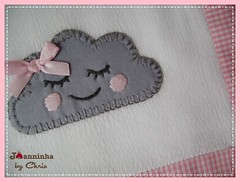 pano de boca nuvem (Joanninha by Chris) Tags: handmade feitoamão bordado baby bebê enxovalbebe enxovalmenina artesanato aplicaçãodetecidos patchwork patch rosa embroidery nuvem panosdeboca