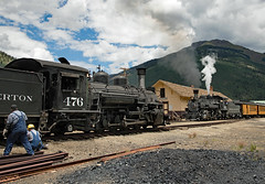 Repairs Underway (jterry618) Tags: 800amsilvertontrain 845amsilvertontrain alcoschenectady1923 americanlocomotivecompany baldwin1925 colorado drgw476 drgw476dsng476 drgw481 drgw481dsng481 denverriograndewestern durangosilvertonnarrowgaugerailroad k28282 k36282 silverton hotboxrepair unitedstates us steamlocomotive