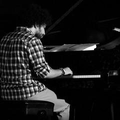 NOA LUR QUINTET EN EL JAZZ FESTIVAL DE LA FUNDACIÓN CEREZALES, ANTONINO Y CINIA 11.8.18 (juanluisgx) Tags: cerezalesdelcondado cerezales leon fundacioncerezalesantoninoycinia noalurquintet noalur jazzfestival2018 jazz concierto concert musica music 11818 voz voice singer davidsancho teclados keyboards piano klavier andergarcía bass bajo albertobrenes batería drums mauriciogómez tenorsax sax saxofon saxotenor tonypereyra guitarra guitar