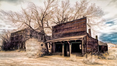 Charm of the Past (emiliopasqualephotography) Tags: relic ruins ghosttown shack ruraldecay modenaut utah