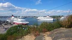 View from Fåfängan (skumroffe) Tags: fåfängan view utsikt södermalm söder masthamnen vikingline gabriella cinderella stockholm sweden