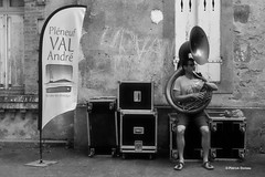Fabien de Bellefontaine - Les Oignons (Charles-Fernand) Tags: formation jazz lesoignons tapthatjazz danse claquettes artiste blackandwhite bw noir blanc musique festival bretagne pléneufvalandré