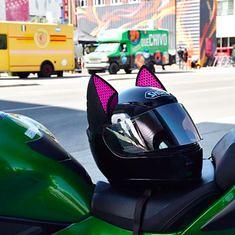 Shoei Cat Ears helme (BikerKarl2018) Tags: shoei cat ears helme badass motorcycle helmet store biker stuff motorcycles