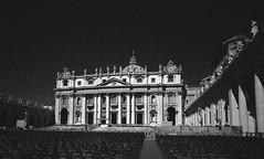 Basilica di San Pietro, Città del Vaticano.jpg (Postcards from San Francisco) Tags: ma 21mmsem rodinal film analog roma italia