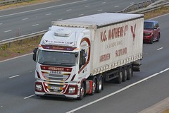 M22 VGM (panmanstan) Tags: iveco stralis hiway wagon truck lorry commercial curtainsider freight transport haulage vehicle a1m fairburn yorkshire