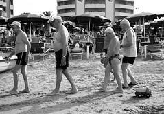 """ la partenza....."" (Davide Zappettini) Tags: people friends old summer irony beach toghever davidezappettiniphotography filmphotography ilford blackandwhite bianconero bw"