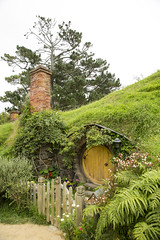 IMG_1178 (Chris_Moody) Tags: hobbiton movie set newzealand hobbit lordoftherings lotr lord rings jackson matamata nz tourism tolkien shire