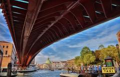 Ponte Calatrava (giannipiras555) Tags: ponte venezia barche canale chiesa