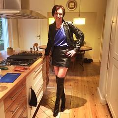 IMG_5943 (valkex1) Tags: leather mini skirt otk boots mature lady