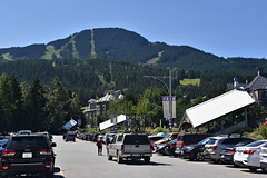 071518-866F (kzzzkc) Tags: nikon d750 canada whistler whistlermarket day clear bluesky mountain skirun trees forest parkinglot cars britishcolumbia bc
