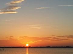 Thanks to jet lag we enjoyed this amazing sunrise (norvegia2005sara) Tags: norvegiasara 2018 usa2018 trip travel vacation landoffreedom homefarfromhome ourparadise ourrefuge poerinis usa america fl florida sunshinestate miami sunrise sun sky