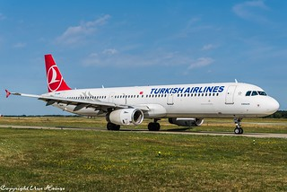 Turkish Airlines TC-JNM