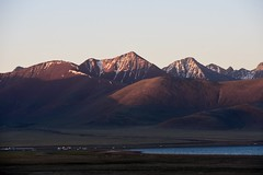 Lake Namtso and Nyenchen Tanghla Mountains, Tibet  (56) (Prof. Mortel) Tags: tibet lake namtso