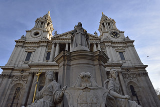 Queen Anne replica statue in front of St Paul's Cathedral  -  (Selected by GETTY IMAGES)