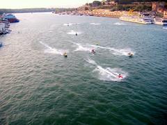 Anglų lietuvių žodynas. Žodis speed-boat reiškia greičio valtis lietuviškai.