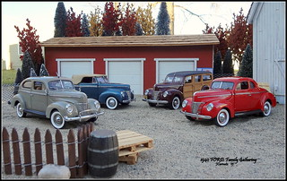 1940 FORD: Family Gathering