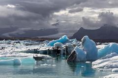 Jökulsárlón - iceland (john--paul) Tags: islande iceland iceberg mer glacier neige bleu glace nuage montagne 1200d canon ngc ice