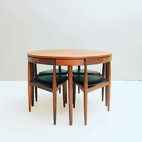 Soon available on www.19west.de: a Roundette dining suite by Hans Olsen. . . . . . #19West #vintage #möbel #designklassiker #mcm #midcentury #modern #fifties #sixties #seventies #furniture #home #danishdesign #teak https://ift.tt/2M5ZFws