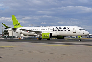 Air Baltic Bombardier CSeries CS300 YL-CSD FRA 09-08-18