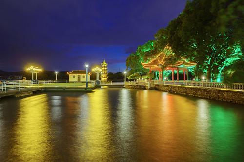 太湖边夜景