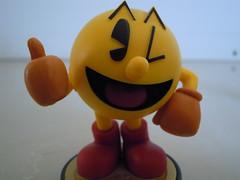 Pacman (RobertTaylor95) Tags: pacman toy amiibo plastic game videogame videojuego macro closeup photography nikon }