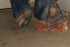 dirty city feet 580 (dirtyfeet6811) Tags: feet soles barefoot dirtyfeet dirtysoles blacksoles cityfeet