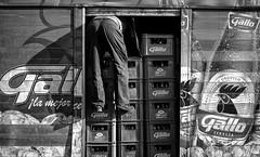 Soif !!!! Thirst!!!! Sed!!! (poupette1957) Tags: atmosphère art affiche black canon city curious detail deco fresque guatemala humanisme humour imagesingulières life monochrome man noiretblanc photographie people rue street town travel