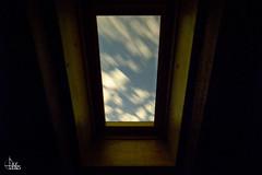 Door to Dream (Ukelens) Tags: ukelens bern schweiz swiss switzerland suisse svizzera unterzollikofen zollikofen fenster window clouds night nightphotography stars stern sternenhimmel nacht nachtfotografie langzeitbelichtung longexposure