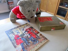 It's lickle, like me! (pefkosmad) Tags: jigsaw puzzle wooden plywood hobby leisure pastime complete used secondhand vintage victory gjhaytercoltd pre1970 box chelseapensioners art painting newsoftheregiment algrace