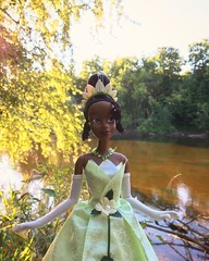Good things are sure to come your way (Timb0Wimb0) Tags: tiana princess frog disney store doll parks ballgown green glitter swamp bayou river nature lilypad magnolia fairy tale