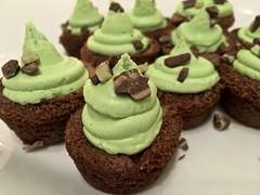 IMG_4091 (danimaniacs) Tags: food sweet treat dessert cupcake wedding