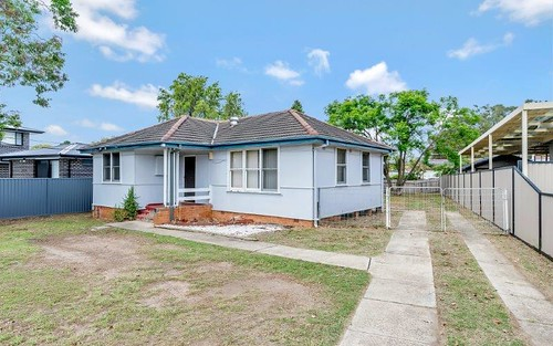 263 Smithfield Rd, Fairfield West NSW 2165